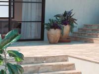 Почему керамогранит подходит для лестниц: полное описание + инструкция