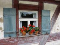 Ставни на окна — основные виды и варианты изготовления своими руками (65 фото)
